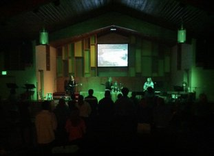 Teen group meets to discuss God's love
