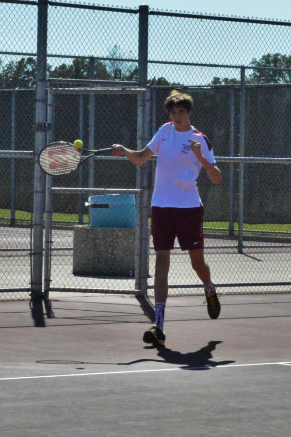 Tennis team will finish successful season with Regionals on Friday