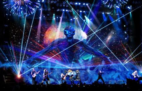 Iron-Maiden-Live-Shot-620x400
