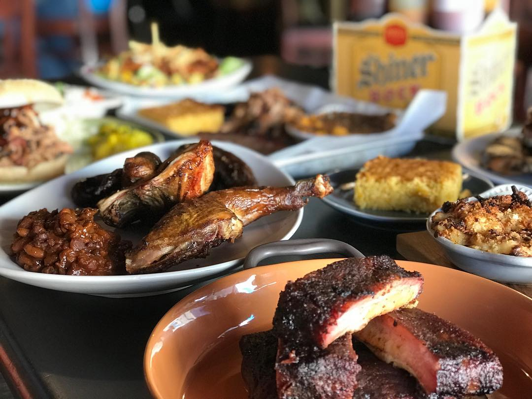 A spread of many of Smoke Street's signature meals. (Image courtesy of Smoke Street's Facebook)