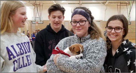 Student event with puppies raises more than $1,000
