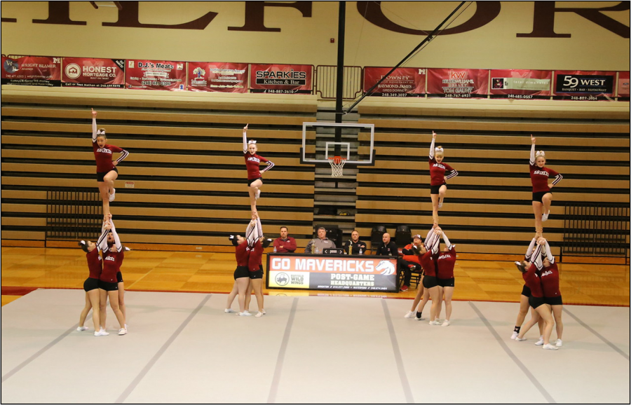 MHS+cheerleaders+performing+a+%22lib%22+in+their+round+3.+