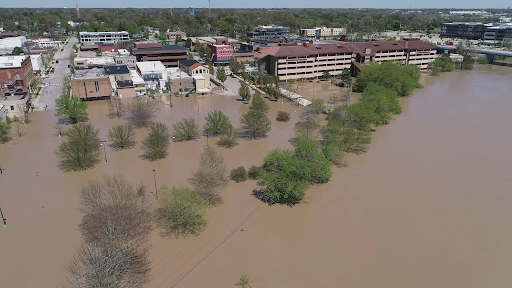 Midland's dam failure led to most of the town being submerged in floodwater (Photo courtesy of Kelly Jordan and Junfu Han)